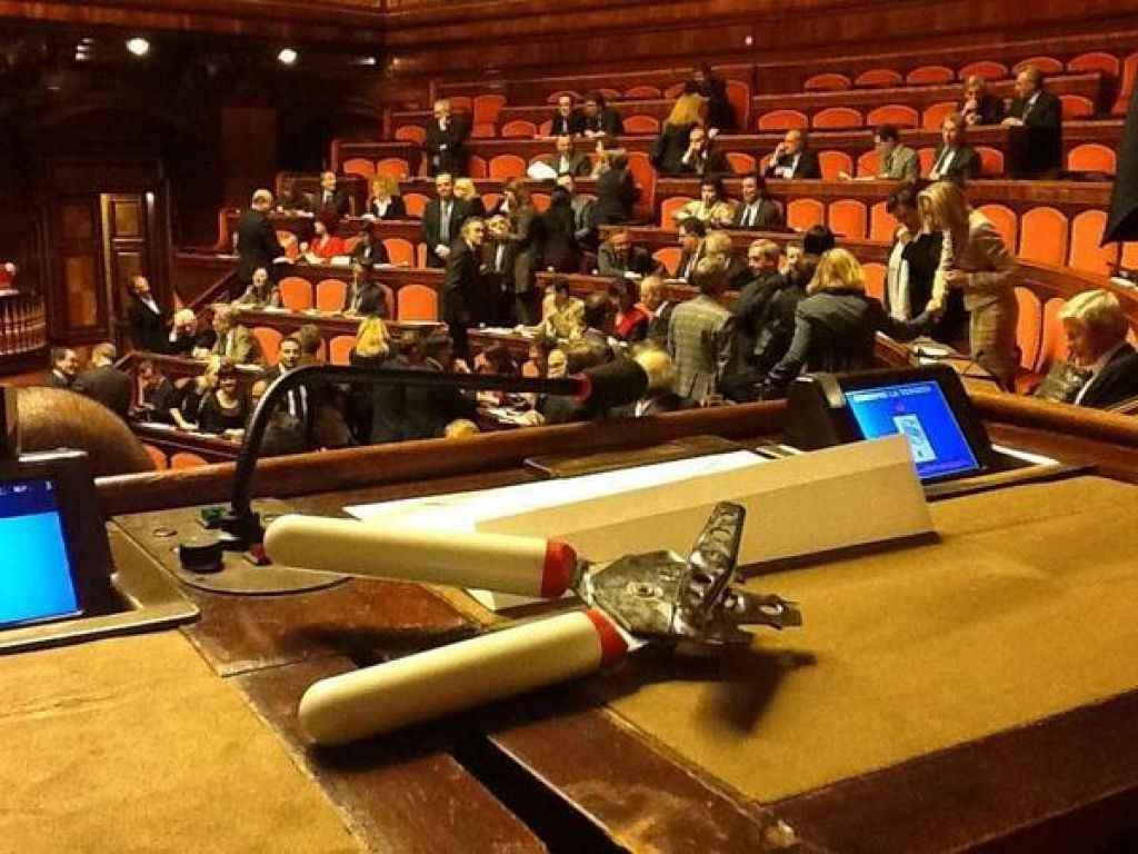 Al via la 17esima legislatura si vota alla camera e in for Votazioni alla camera