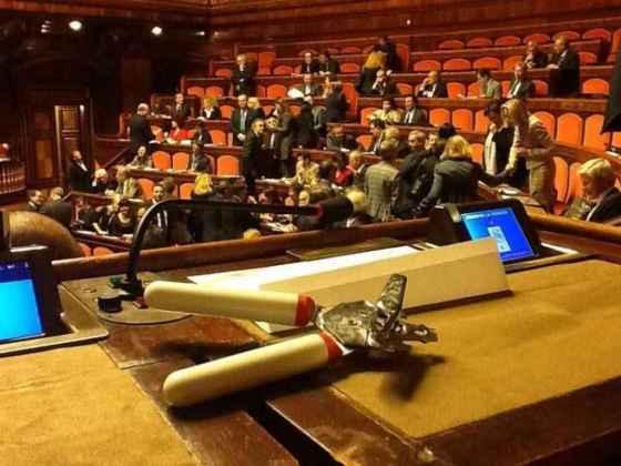 apriscatole-grillo parlamento